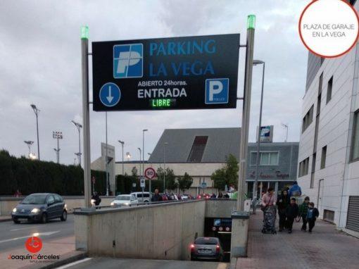 Plaza de parking en La Vega